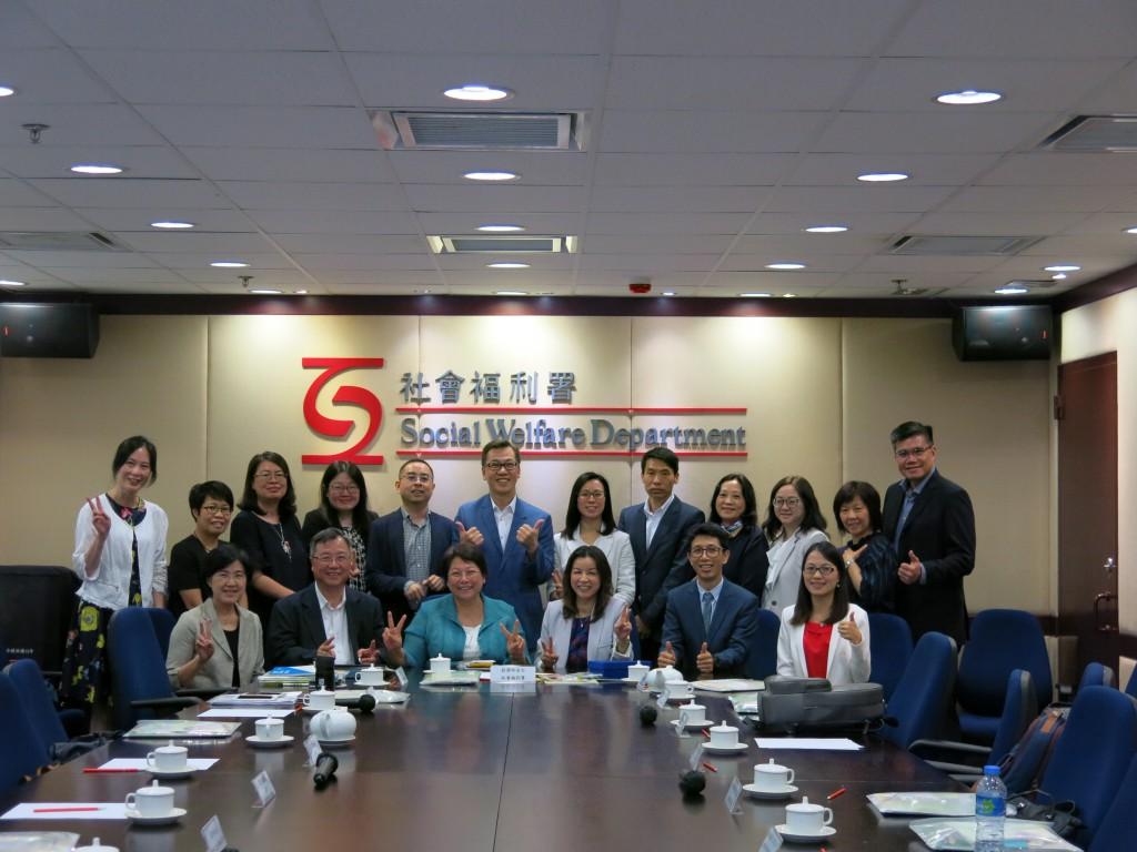 圖:黃艷梅局長率團拜訪香港勞工及福利局